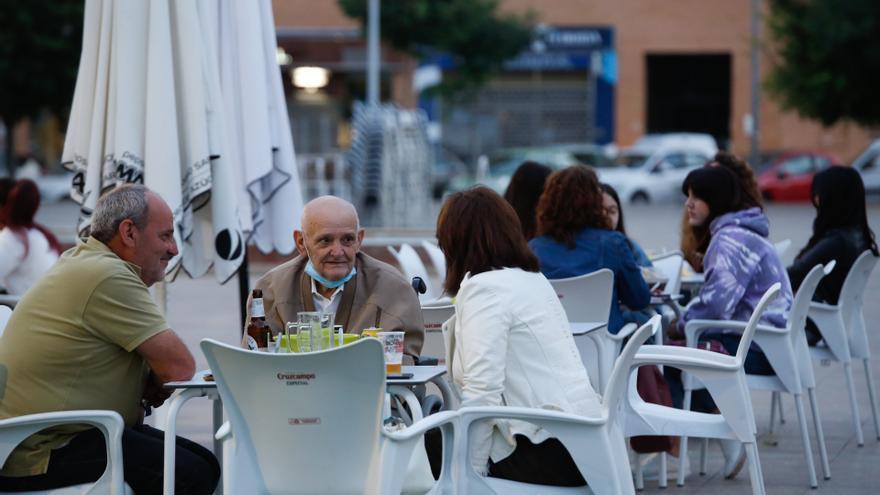 Córdoba sigue en nivel de alerta 2 pese al aumento de la tasa y sin municipios cerrados por covid