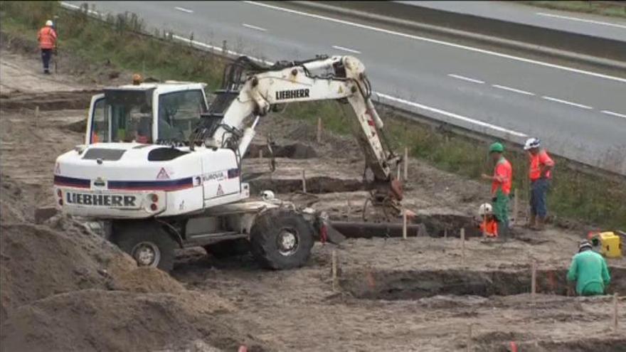 Francia inicia la construcción de un muro antiinmigrantes