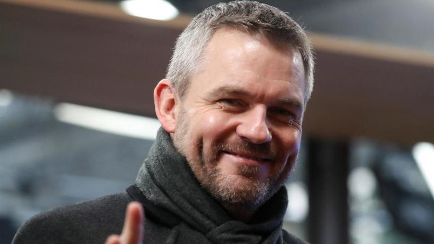 El primer ministro eslovaco, ingresado con fiebre alta y problemas respiratorios