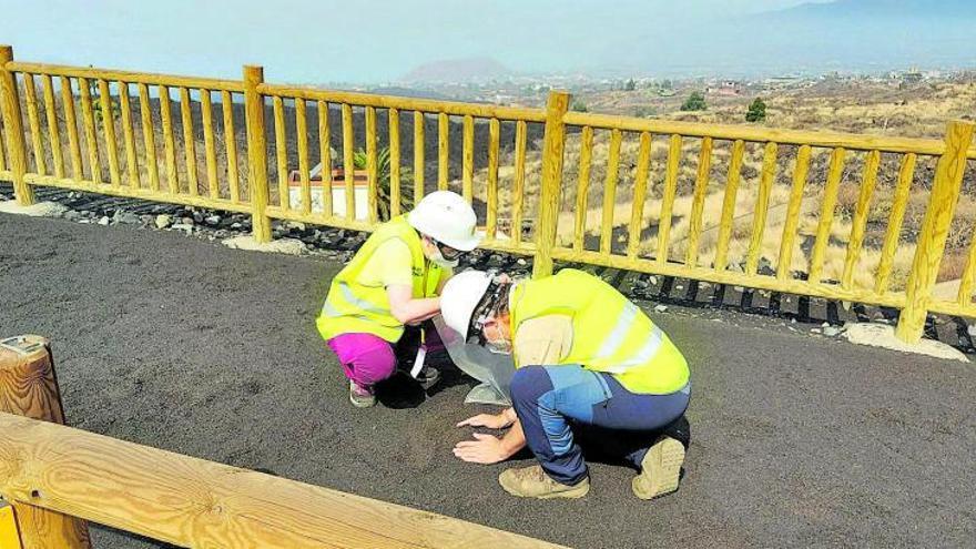 La baja densidad de las cenizas del volcán de La Palma reduce el riesgo de derrumbe en los tejados