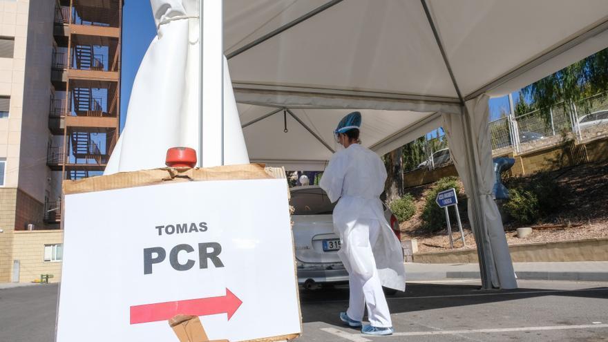 La curva de contagios sigue a la baja: 441 nuevos positivos en Alicante