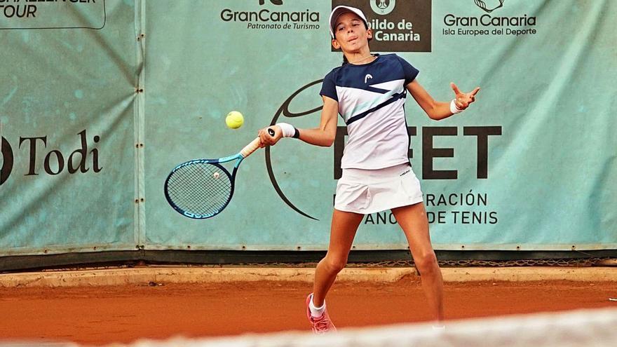 Lucía Rodríguez, campeona de dobles en el Yellow Bowl