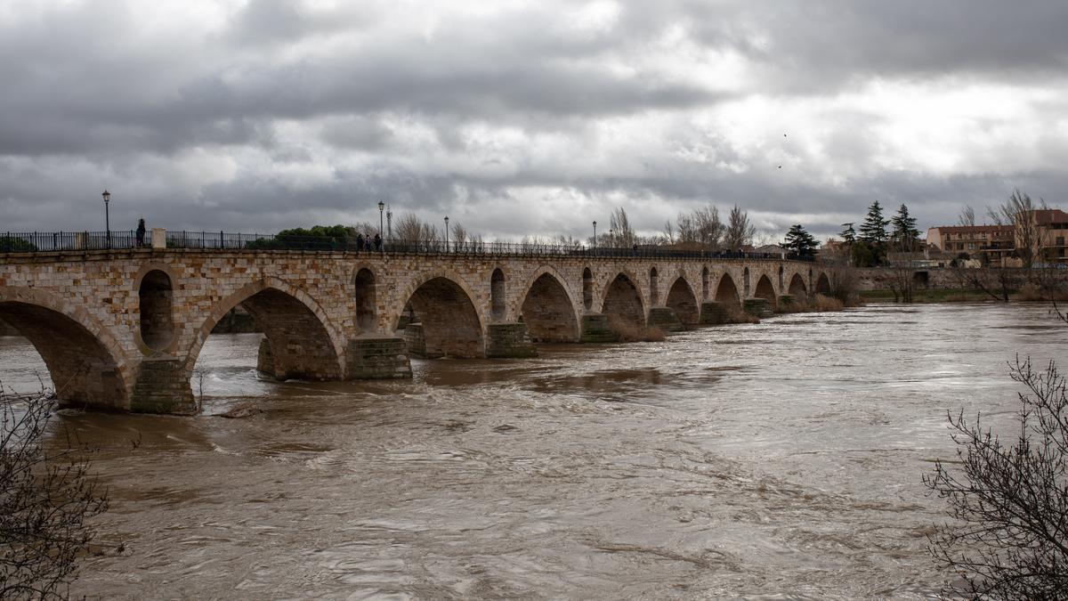El río Duero, tras la última crecida.