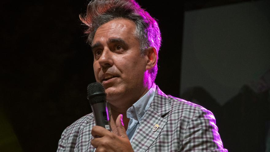 El Badajoz reitera que no está siendo investigado y apela a la presunción de inocencia de Parra