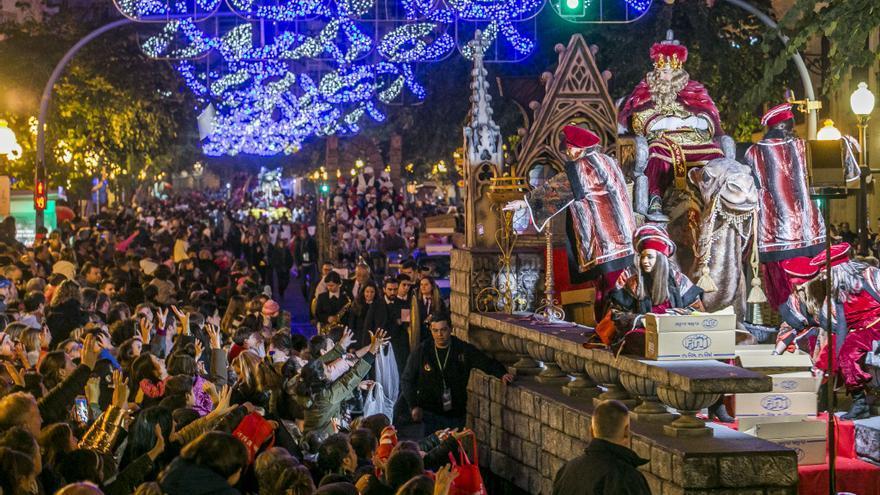 El Ayuntamiento de Alicante suspende la Cabalgata de Reyes y la fiesta de Fin de Año por el covid