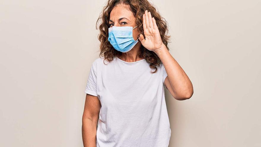 La imposibilidad de la lectura de labios por la mascarilla destapa múltiples casos de sordera