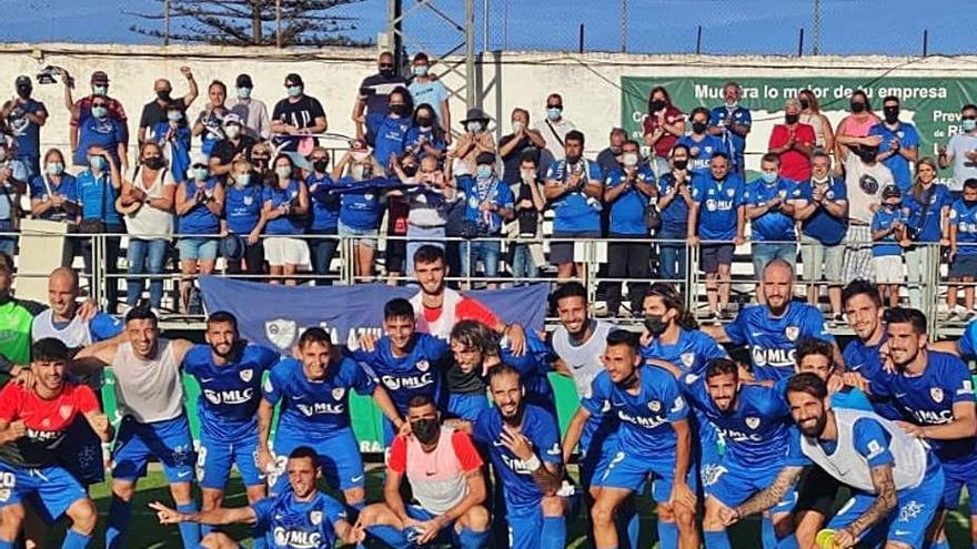 El Linares, primer equipo de Primera RFEF, en destituir a su entrenador