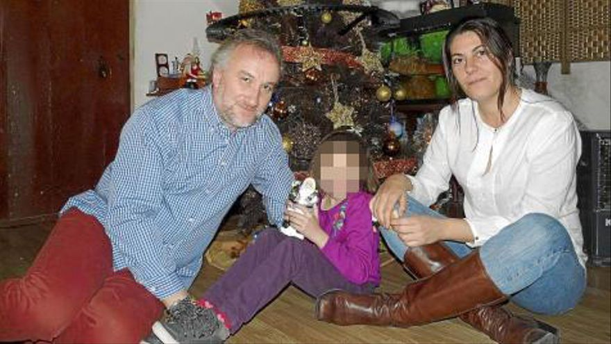 Piden dos años de cárcel por pornografía infantil para los padres de Nadia