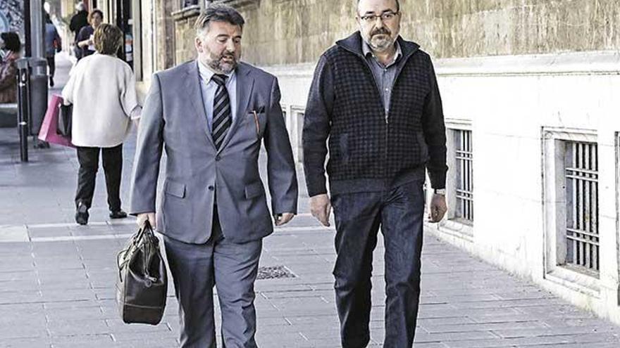 Salud prevé multar a Escribá por el caso Minerval con entre 600.001 y un millón de euros