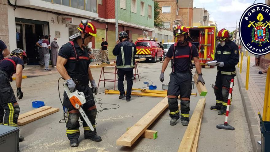 Cartagena aprueba 15 plazas de oposición libre para bombero