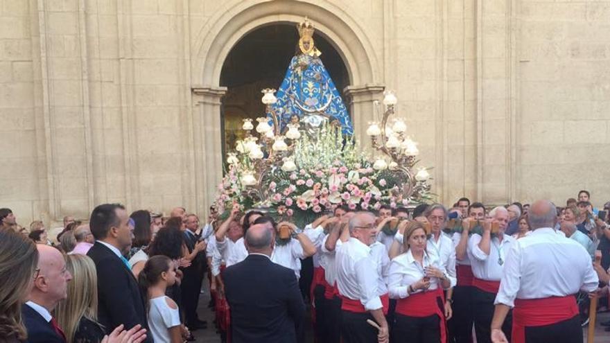 Una procesión en honor a la patrona de Molina