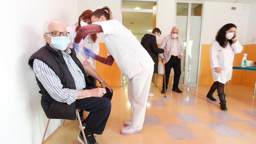 Sanidad prevé administrar esta semana 159.000 dosis de vacunas contra el Covid