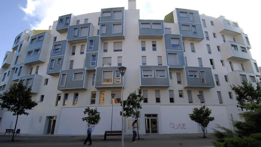 El doble ensanche urbano de Mieres se achica, sin pasar de los 545 pisos