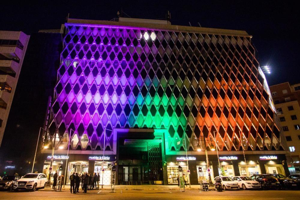 Fiesta de reinauguración de la tienda de Muebles La Fábrica en València.