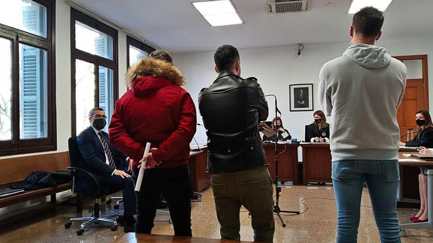 Condenados a seis meses de cárcel por el intento de robo del bolso a una conocida en Palma