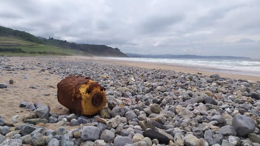 Plásticos y madera, el mal de les sableres asturianes