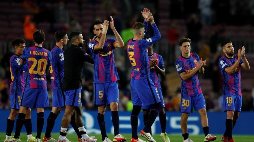 Piqué dona un triomf vital al Barça (1-0)