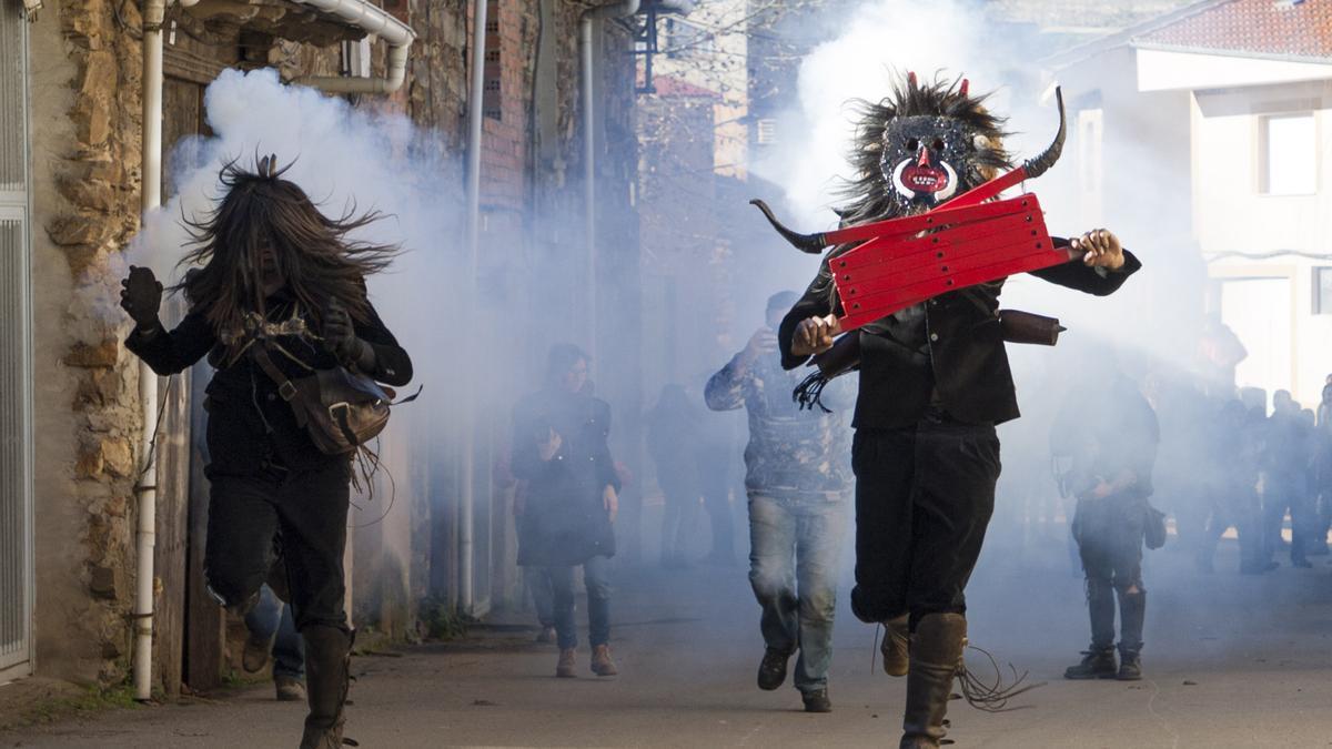 Mascarada de Los Carochos de Riofrío de Aliste