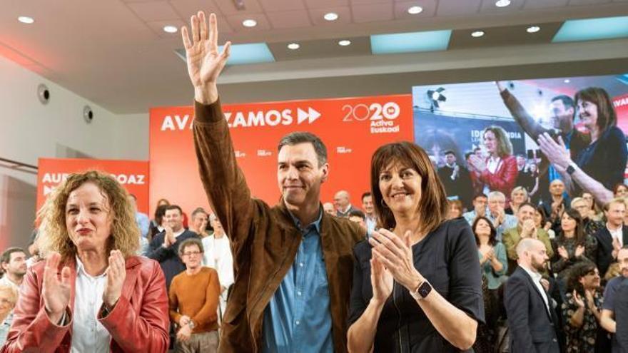 """Sánchez carga contra el """"155 semanal"""" que propone la """"derecha dividida en tres"""""""
