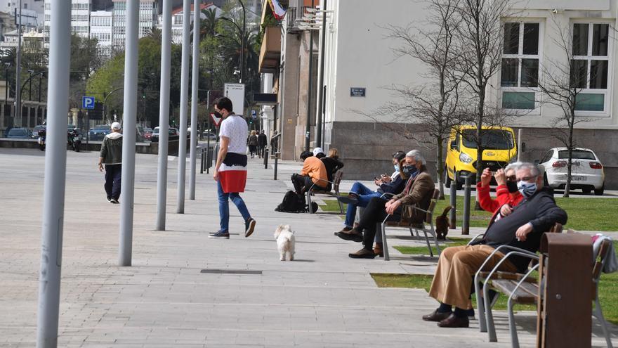 El área de A Coruña recupera en una semana un centenar de casos de COVID y vuelve a rozar los 700