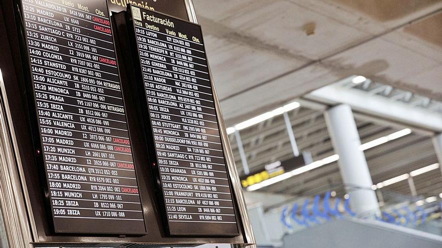 La nieve en Barajas cancela los vuelos entre Palma y Madrid