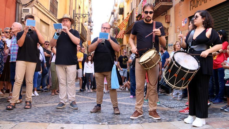 El govern català permet les activitats de les festes majors i manté les reunions de 10 persones