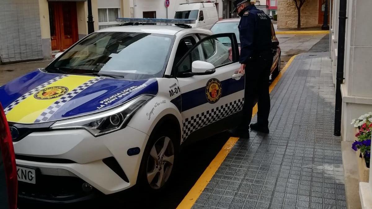 Policía Local multa a un vecino de Font d'en Carròs.
