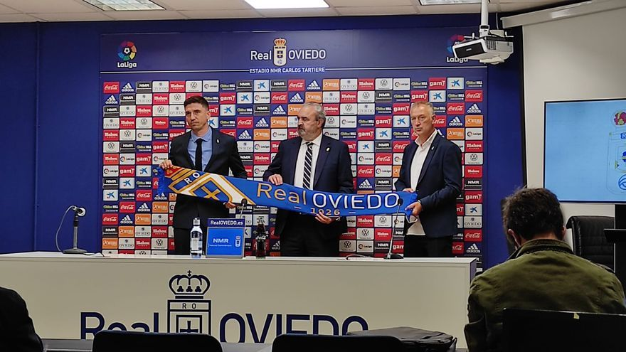 EN DIRECTO   Presentación de Rubén Reyes como director deportivo del Oviedo