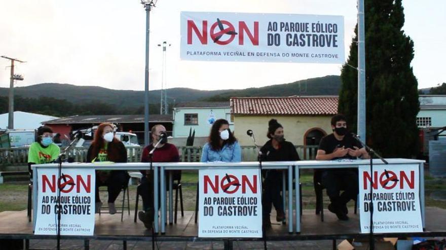 Meis toma posiciones para plantar cara al proyecto del parque eólico del Castrove