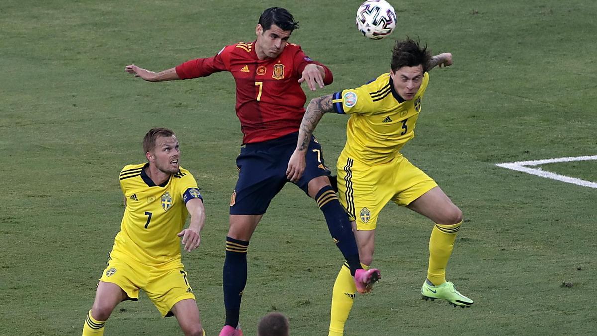 Álvaro Morata durante el partido contra Suecia.