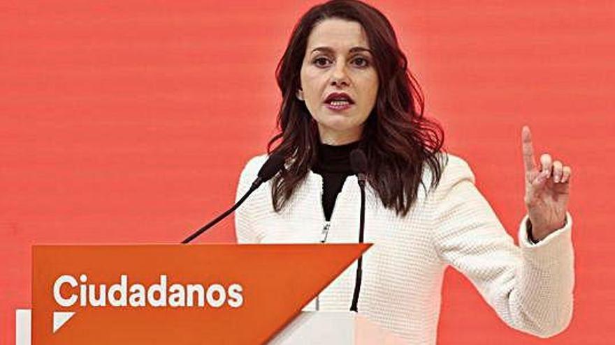 Arrimadas arrasa en l'elecció de compromissaris per al congrés de Cs