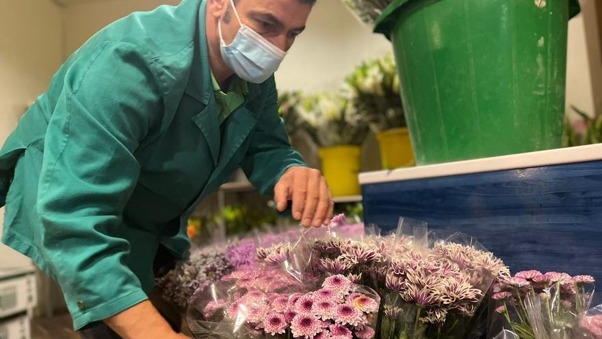 """Las floristerías se recuperan tras la pandemia: """"Hay más pedidos"""""""