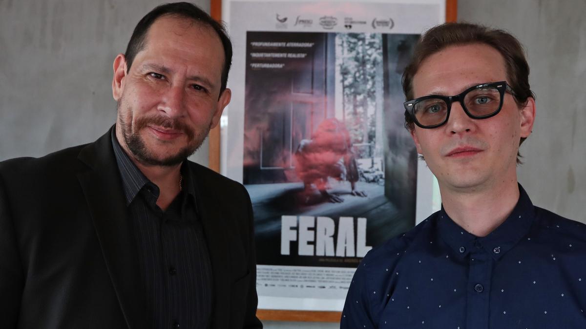 El actor Héctor Illanes y Andrés Kaiser.