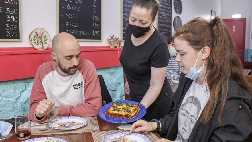 """Los restaurantes veganos en Gijón, en auge: """"Solo falta que se sumen las sidrerías"""""""