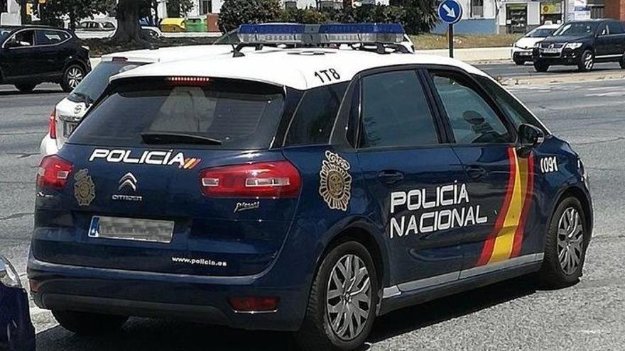 Un atracador asalta un súper en Marbella y pierde el móvil con pruebas que implican al encargado