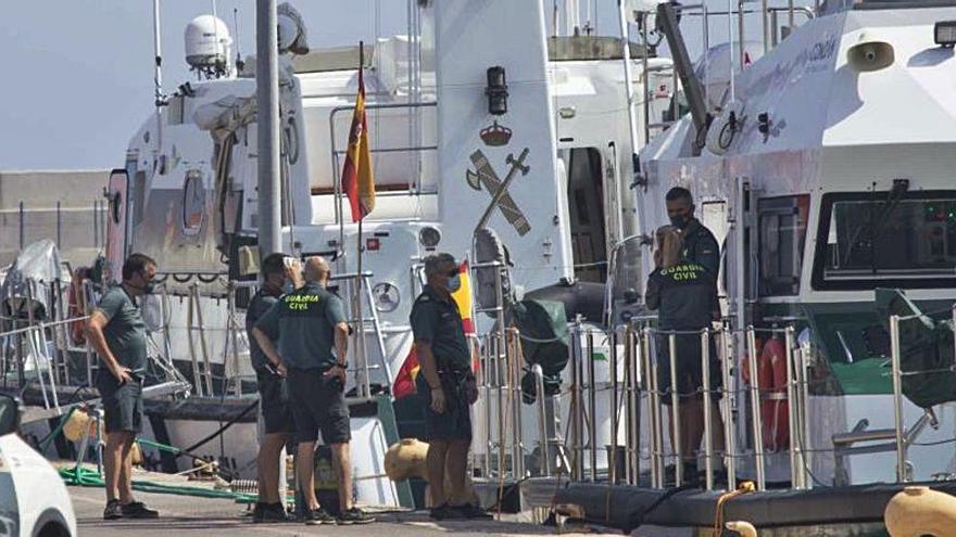 38 inmigrantes arriban a Alicante en tres pateras
