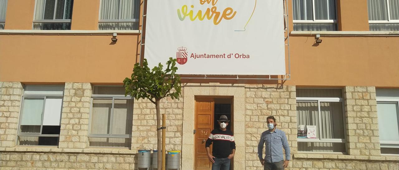 Imagen del encuentro de los alcaldes de Compromís de Daya Vieja y Orba (La Marina Alta)