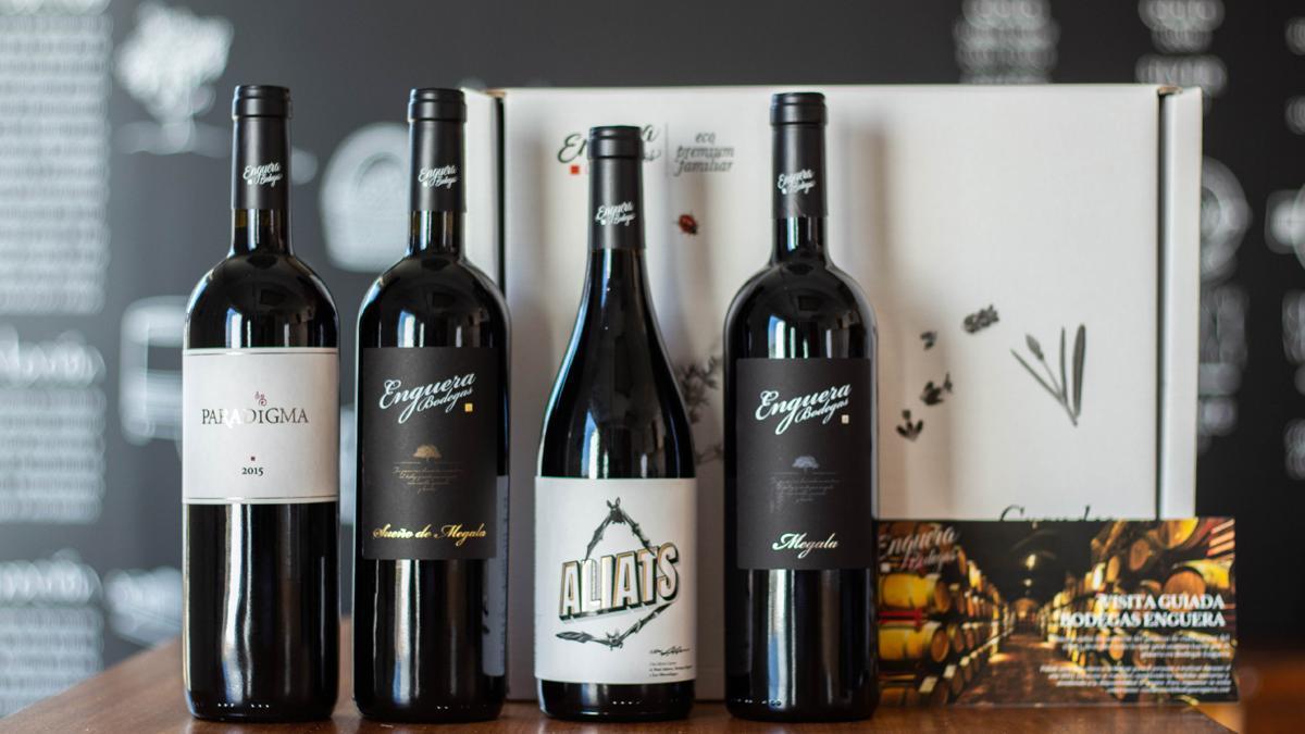Colección de vinos de las Bodegas Enguera.