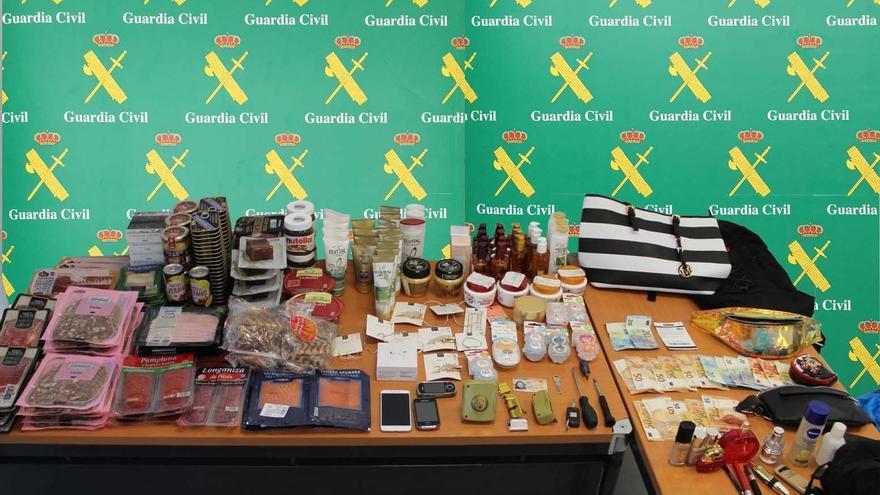 La Guardia Civil detiene a tres mujeres por robar en perfumerías y supermercados de Andratx y Calvià