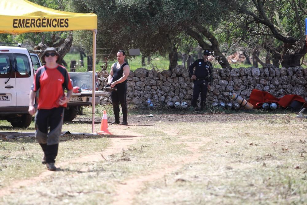 ach einem Tauchunfall in der Cala Romántica an der Ostküste von Mallorca ist in der Nacht auf Sonntag (16.4.) eine großangelegte Rettungsaktion in die Wege geleitet worden. Am Sonntagabend kam auch eine spezielle Felsbohrmaschine zum Einsatz, um das Höhlendach zu durchdringen.