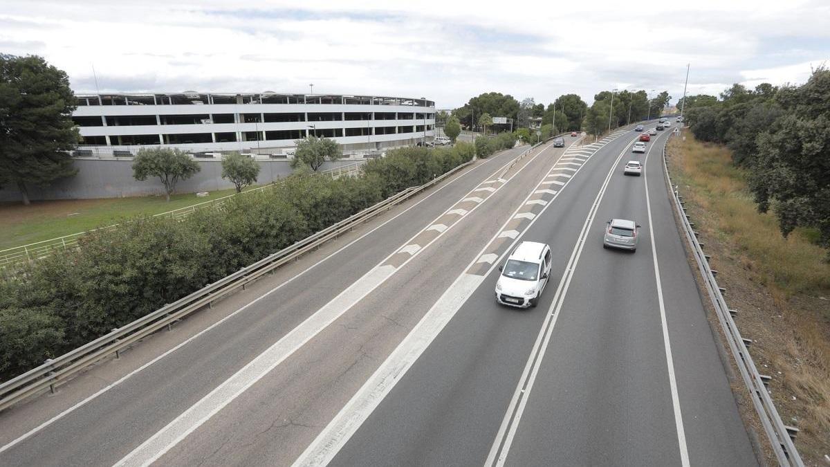 El Gobierno formaliza las obras de duplicación de la N-220 del acceso al aeropuerto
