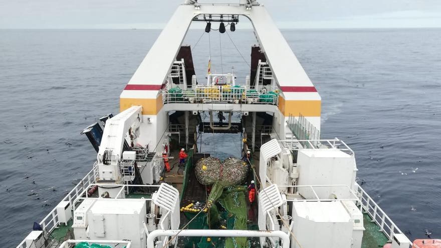 Pulso por el bacalao en Svalbard: la flota gallega no dará su brazo a torcer frente a Noruega
