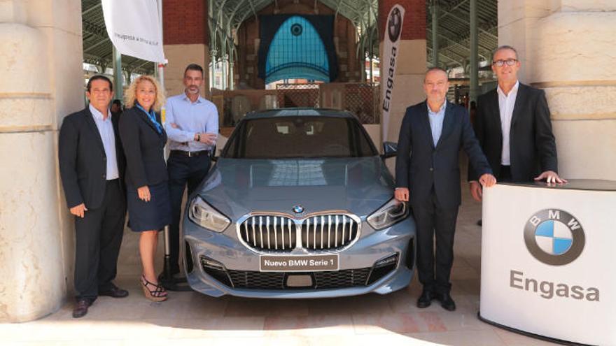 BMW Engasa presenta el nuevo Serie 1 en el Mercado de Colón