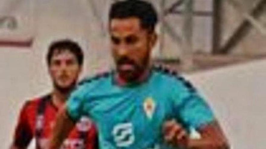 El Real Murcia gana el Trofeo Vinos de Yecla en los penaltis