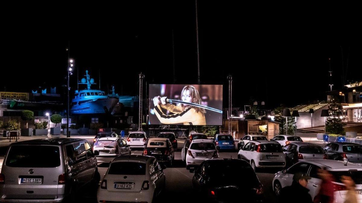 Proyección de 'Kill Bill' en el autocine Port Adriano.
