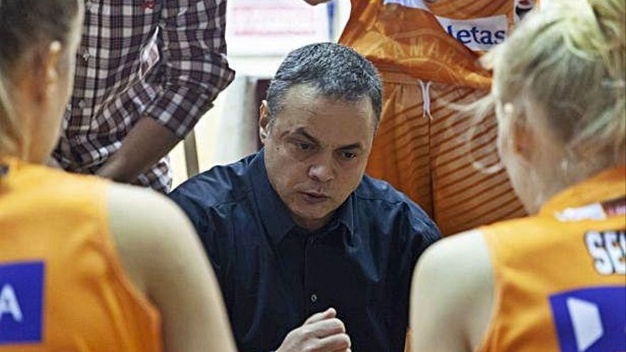 Fran García regresa a Islandia para dirigir una cantera
