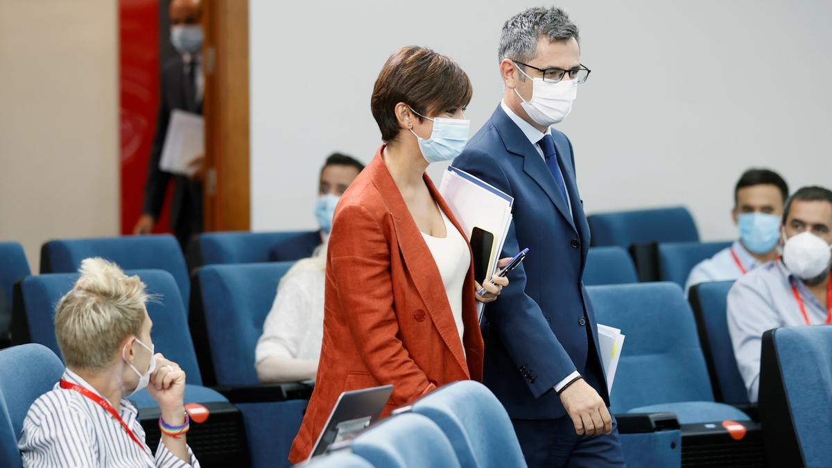 La ministra portavoz, Isabel Rodríguez, y el ministro de Presidencia, Félix Bolaños.