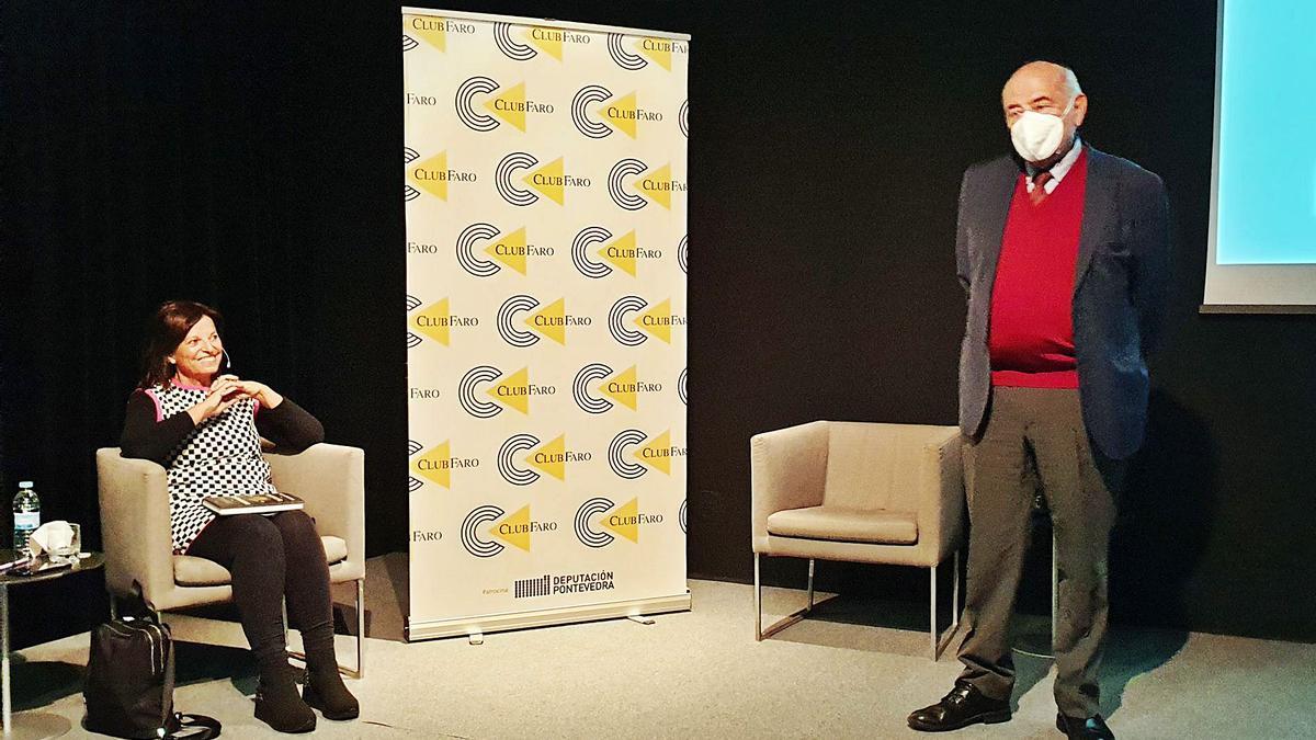 José Antonio Marina fue presentado por Chis Oliveira. |   // MARTA G. BREA