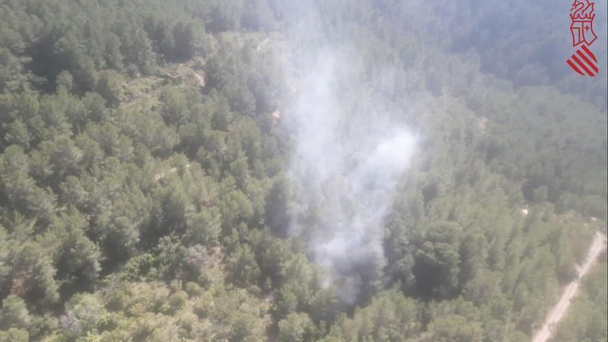Detectan un incendio forestal en Sant Joan de Moro