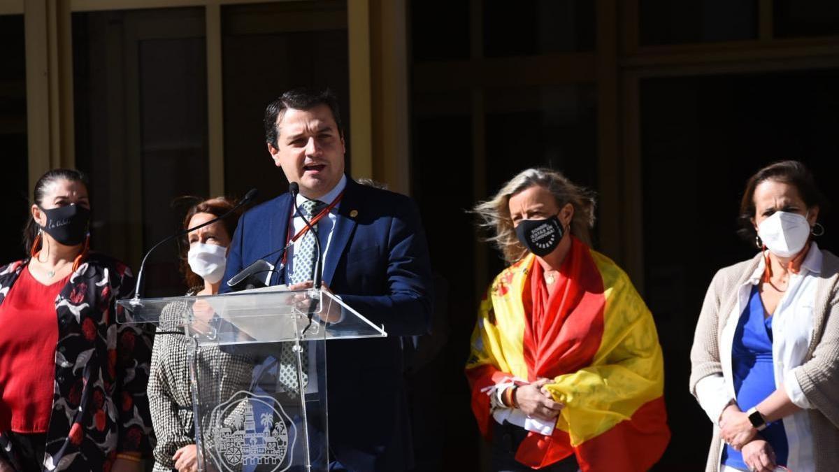 """Bellido: """"La bandera representa el proyecto común de una España que cree en la democracia"""""""